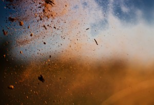 a poeira e o vento